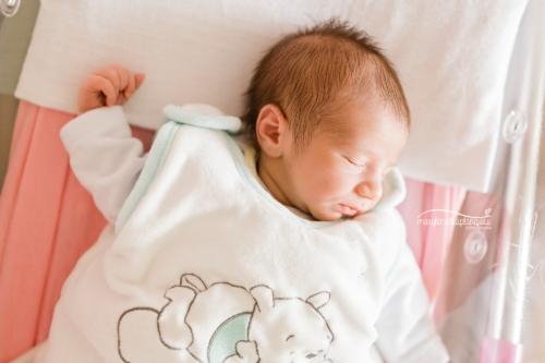 Photographe maternité Angers : grossess et nouveau-né
